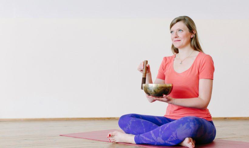 After Work Meditation mit Sarah Braunstein online & in Tajet Garden